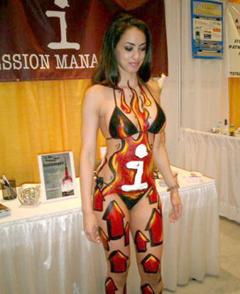 Graffiti On Girls By Cram Concepts New York City Body Painting Body Art Nyc Body Paint Body Artist